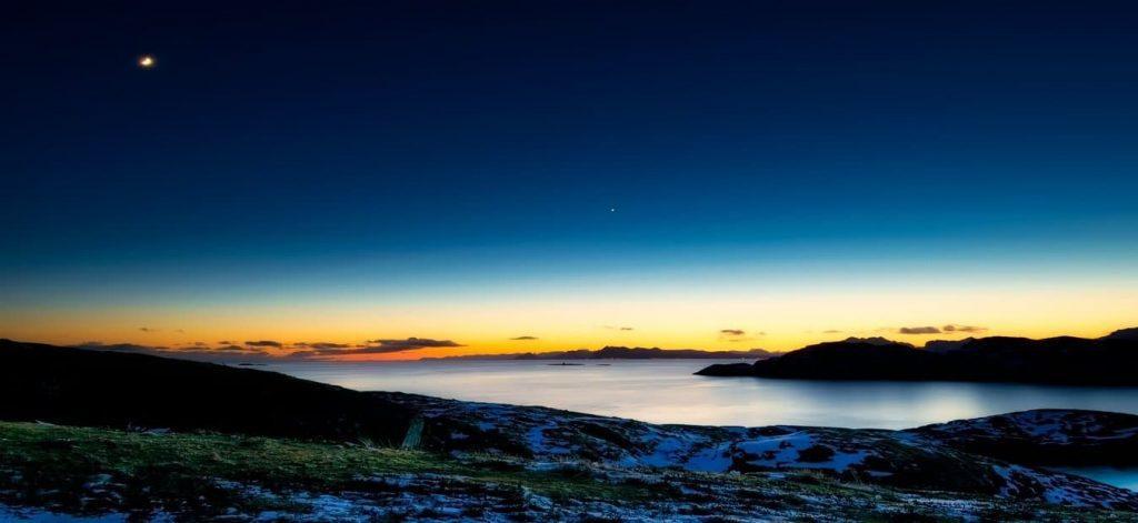 noorwegen bij nacht