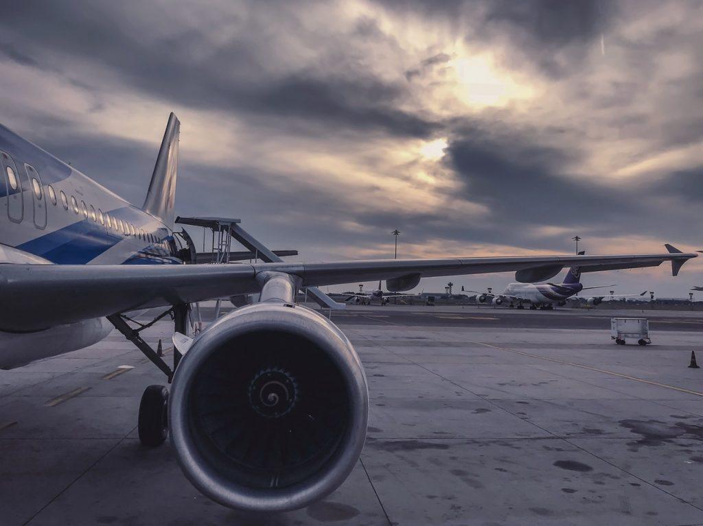vliegtuig oslo vliegveld